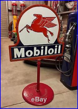 Mobil Oil Pegasus Porcelain Keyhole Curb Sign