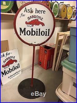 ORIGINAL GARGOYLE MOBILE OIL LOLLIPOP CURBSIDE PORCELAIN SIGN WithSTAND