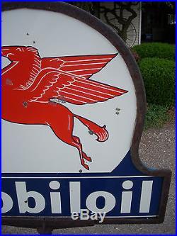 Vintage Original Mobiloil Keyhole Double Sided Porcelain Mobil Curb Sign