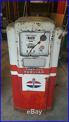Wayne 100 gas pump, man cave, Texaco, Tokheim, bennett, porcelain sign